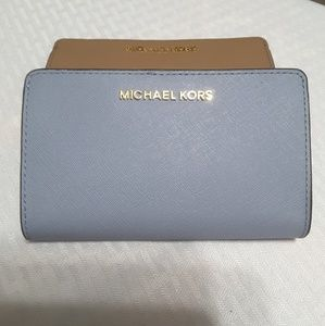 Michael Kors Wallet Jet Set Travel - Pale Blue